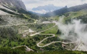 widok na przełęcz Falzarego