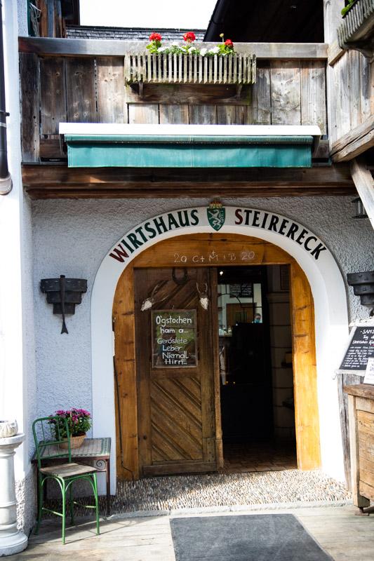 wejście do restauracji Steirereck